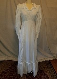Divine 70s vintage Victorian revival smocked gown